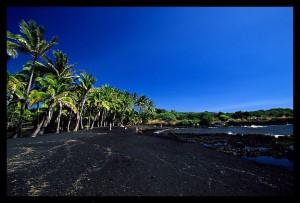 Black-sand-beach_4